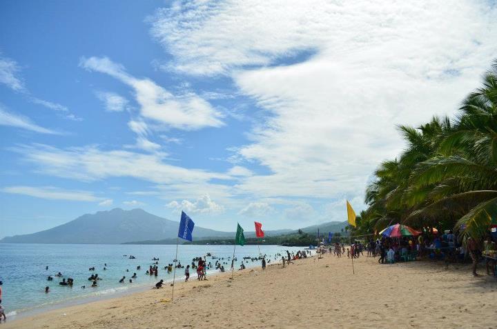 Poctoy White Beach, Torrijos, Marinduque | Summer 2012